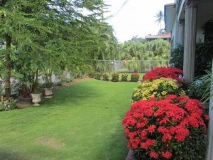 Large Family Home Monchy: MON 020