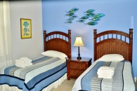 twin beds