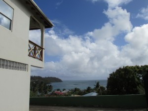 soide of home view of sea and sky