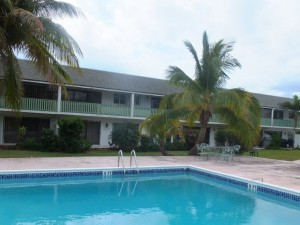 Grand Bahama Condo - 2 Bed 2.5 Bath