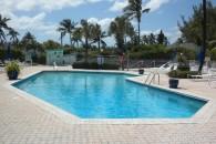 beach villa pool and decl