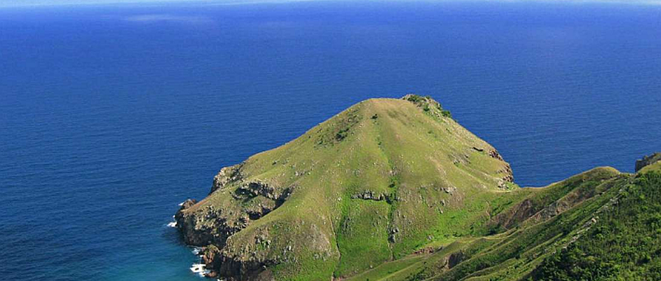 caribbean island view of land for sale on Saba