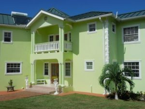 BON 031-Spacious newly constructed home