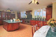 St-Lucia-Homes-Cap086-Hilltop-Luxury-Kitchen-2