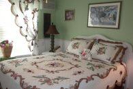 Guest bedroom (002)
