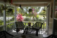 Screened in porch (002)