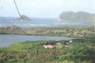Savannes-Bay-Land-view-4-850x570