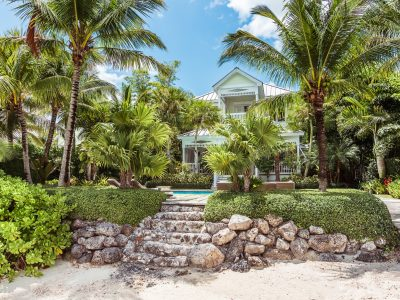 5 Canal Beach, Old Fort Bay