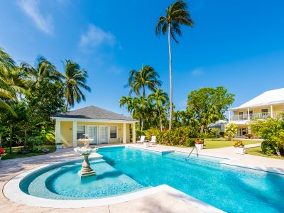 Casuarina House With Private Beach Access, Lyford Cay