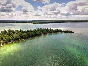 Treasure Island  - Lakefront Lot